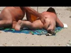beach nude public