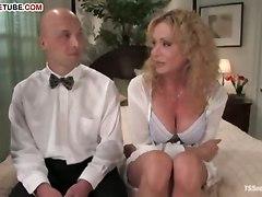 big tits shemale cumshot blowjob milf titfuck