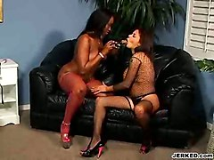 video sex lesbian big butt amateur vibrator ebony booty sextoy lesbo movie angel vid alexis bigbooty silver dykes eyes foxyblackbutts