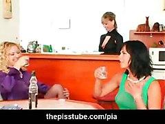 lesbian fetish pissing