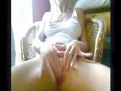 Webcam Girl Finger Fucks Herself Closeup