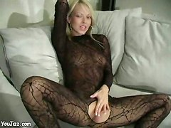 webcam blonde pantyhose shaved solo