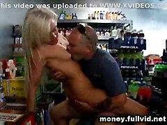 hardcore blonde shaved pussyfucking