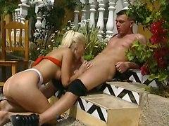sex outdoor anal fucking handjob