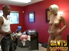 Sammy and Naomi enroled in interracial sex game