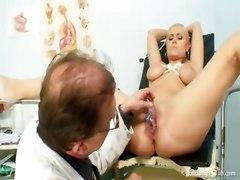 busty big tits bondage fetish kinky gyno exam speculum pussy doctor blonde reality