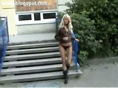 teen blonde outdoor masturbation solo public reality