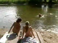 outdoor threesome blowjob pussy bisexual