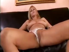 creampie cougar housewife milf cheating wife big tits blowjob pussy licking