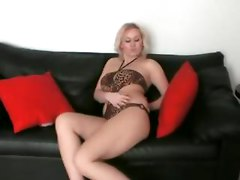 amateur homemade masturbation solo babe milf blonde jilling vibrator shaved hairy