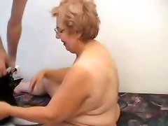 amateur homemade pussylicking handjob 69 doggystyle mature granny big tits kissing blowjob fat chubby