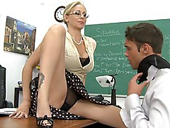spread legs  female teacher  classroom  blonde  glasses  female domination  cute  pussy  lick  milf  on clothes  desk  blonde  hairstyle  blowjob  big tits Julia Ann  Rocco Reed