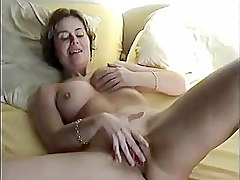 Amateur Hairy Masturbation