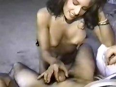 Amateur Cumshots Handjobs MILFs