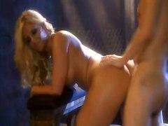phoenix marie blonde pornstar busty