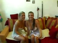 german twins sisters tits big masturbaiting fingering threesome blowjob ass