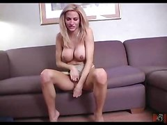 big tits masturbation solo shemale