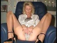 mature masturbation pussy blonde fingering