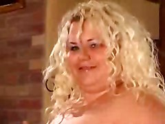 amateur mature mother mom milf wife bbw younger