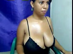 Busty Latin  Webcams