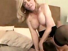 milf mature lesbian sex pussy licking hot chicks