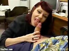 Milf peels off that bra    mature hot milf