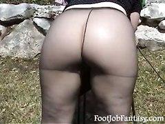 Pantyhose Feet Foot Scholls Upskirt Milf Daisy TeaseUpskirt Down Blouse Feet MILF