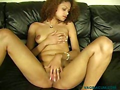 Squirt AmatureSquirting Solo Ebony Brunette