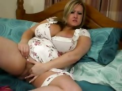 homemade busty fat large ladies chubby huge boobs chubby girl large boobs chunky huge tits
