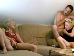 Blondes Facials Matures