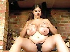 BBW Busty Nipples
