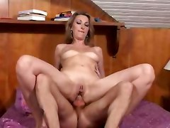 French Mature Wakes Up By Horny Man For Action