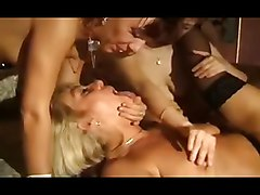 Amateur Bisexuals Group Sex