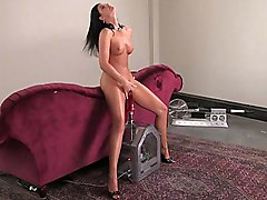 brunette  long hair  legs  long legs  machine  masturbation  dildo  close up  scream India Summer
