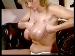 busty bigtits bigboobs solo stripping hugetits retro bathing striptease tub suzi susan susanna brecht