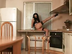 Mirela Delightful Kitchen Show