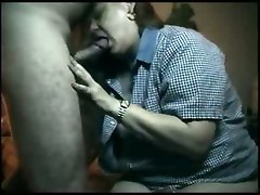 Fat Amateur Gives A Blowjob!