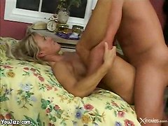mature mom blowjob hairy facials