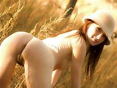 Amateur daughter gets seduced