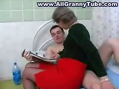 Mature Granny YoungerAmateur Home made Granny