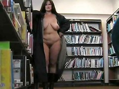 Amateur BBW Flashing