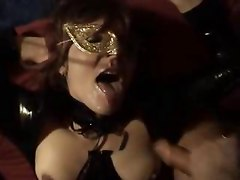 Amateur slave wife gangbanged by 8 guys at home