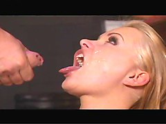 Blondes Fingering Squirting