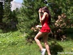 Eroberlin Presents Julia The Russian Teenstar In Italia