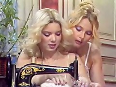 Lesbian Group MMFF Suck Fuck Cum HairyBJ HJ Group Sex Lesbian Classic