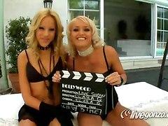 lesbians lick fisting footjob blonde