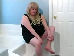 amateur homemade bbw stockings teasing bathroom wet blonde big tits fingering masturbation solo