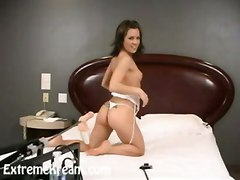 brunette squirting masturbation solo machine