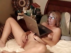 amateur solo pussy shaved milf
