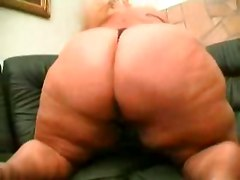 amateur homemade hardcore blonde chubby fat bbw large ladies lingerie fingering masturbation solo rubbing natural